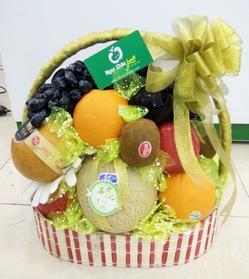 Giỏ hoa quả biếu, lẵng hoa quả biếu, hộp quà biếu sang trọng tại hà Nội, hoa quả nhập khẩu hàng đẹp giá tốt chất lượng