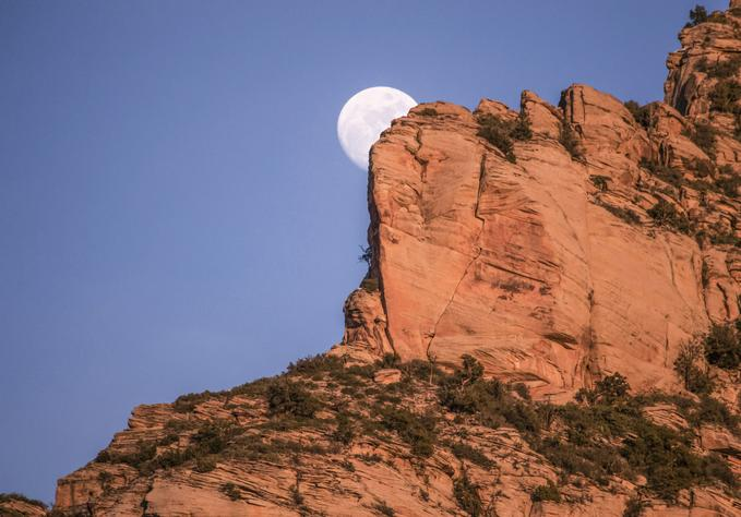 Moonrise, Sedona, AZ, USA