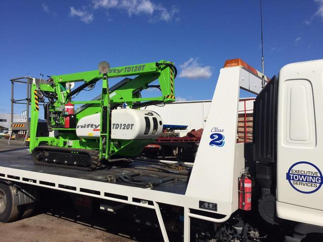 Machinery Towing Services in Omaha NE | 724 Towing Services Omaha