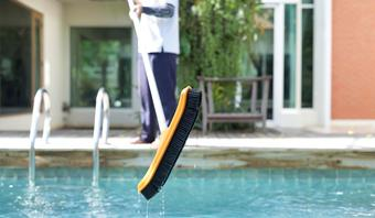 Pool Vacuuming - Austin, TX
