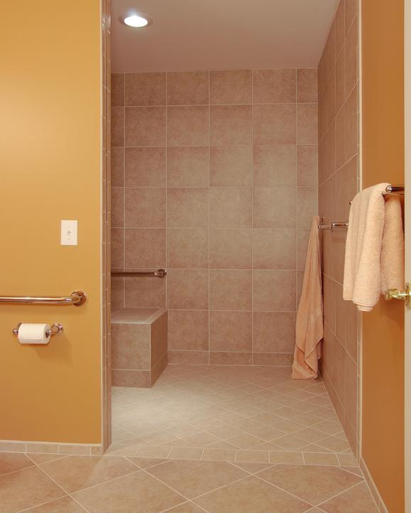 Curbless shower stall with no door