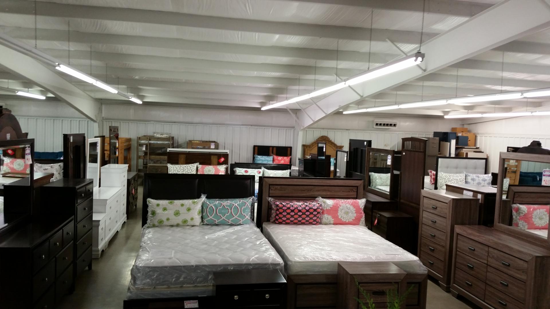 Merchandise | Creamer Furniture