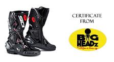 Win a certificate for riding boots at Femmewalla