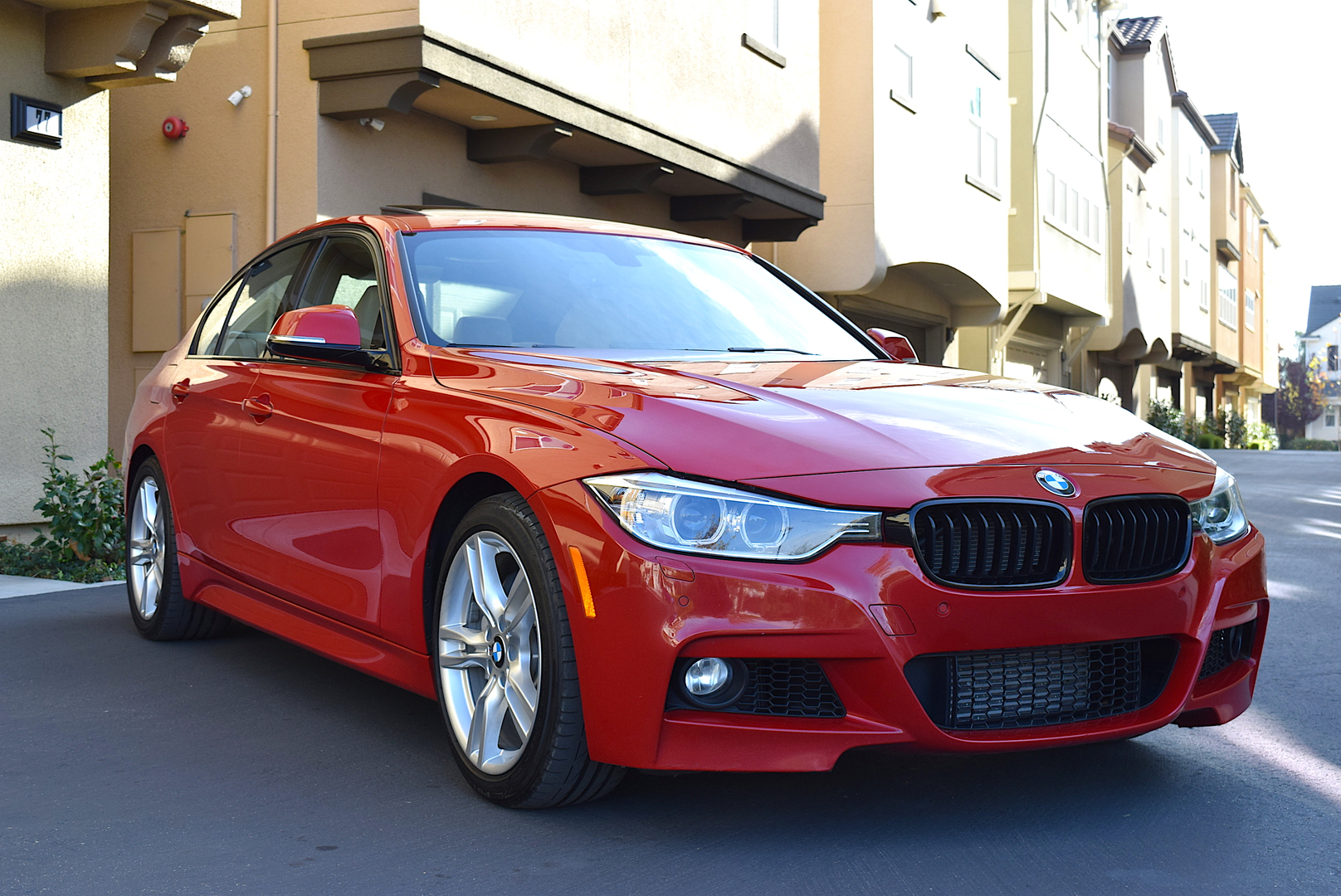 BMW I M Sport K Miles Melbourne RedBeige - Bmw 328i red