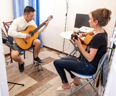 flamenco guitar lessons in the center of Seville