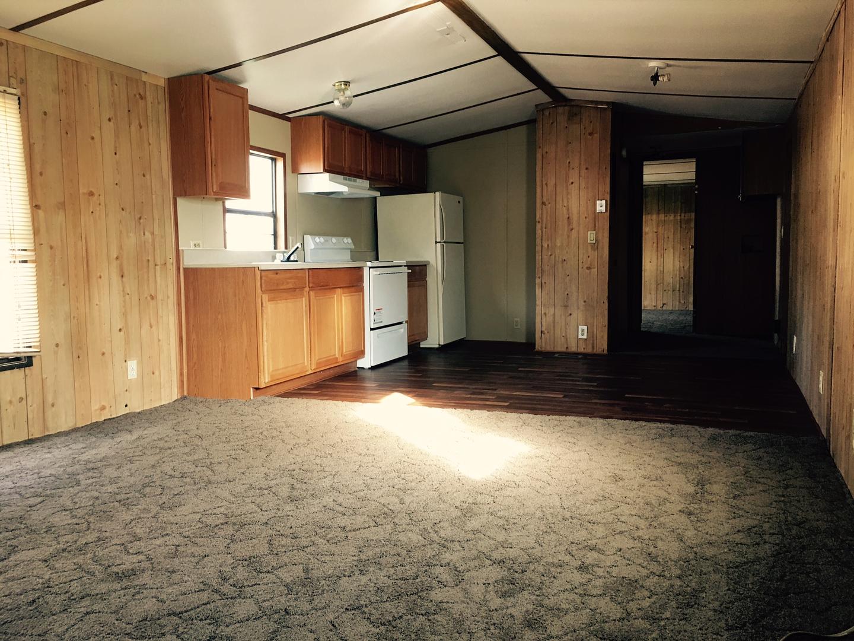 Gilmer & Sons Mobile Home Rentals