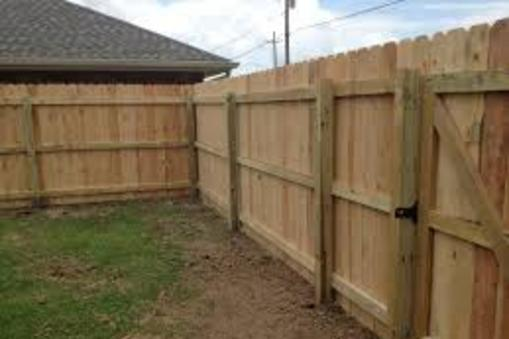 Excellent Wood Fence Contractor in Waverly NE | Lincoln Handyman Services