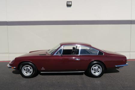 1970 フェラーリ 365 GT 2 + 2 クーペ ピニンファリーナ