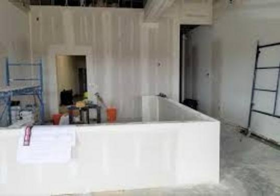 COMMERCIAL REMODELING PRICES & CLEANING SERVICES RATES