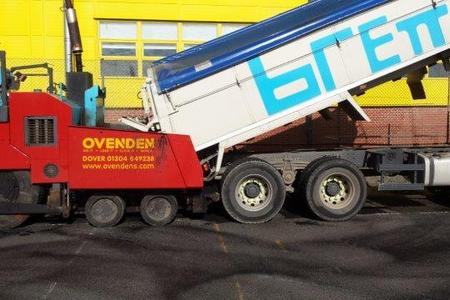 Loading Ovenden Paving Machine