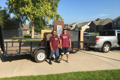 Junk Removal Haul Away Old Junk Furniture Removal Appliance Recycling Furniture Pick Up Service And Cost Omaha Ne Ton S Hauling Omaha 402 810 6319