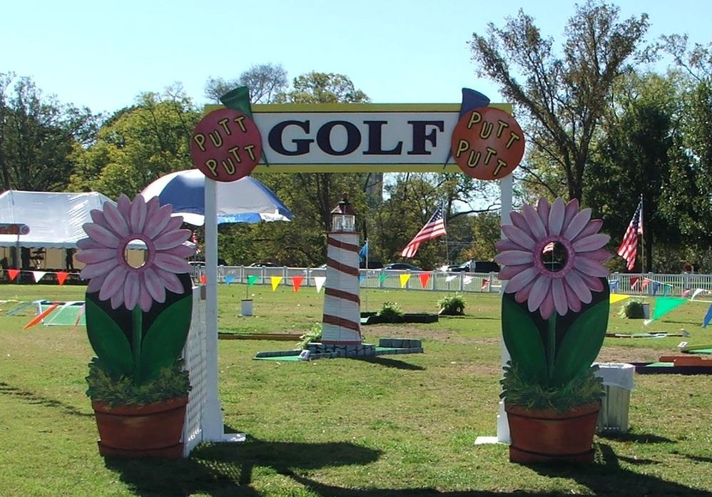 Miniature Golf Course for Nashville Company Picnic