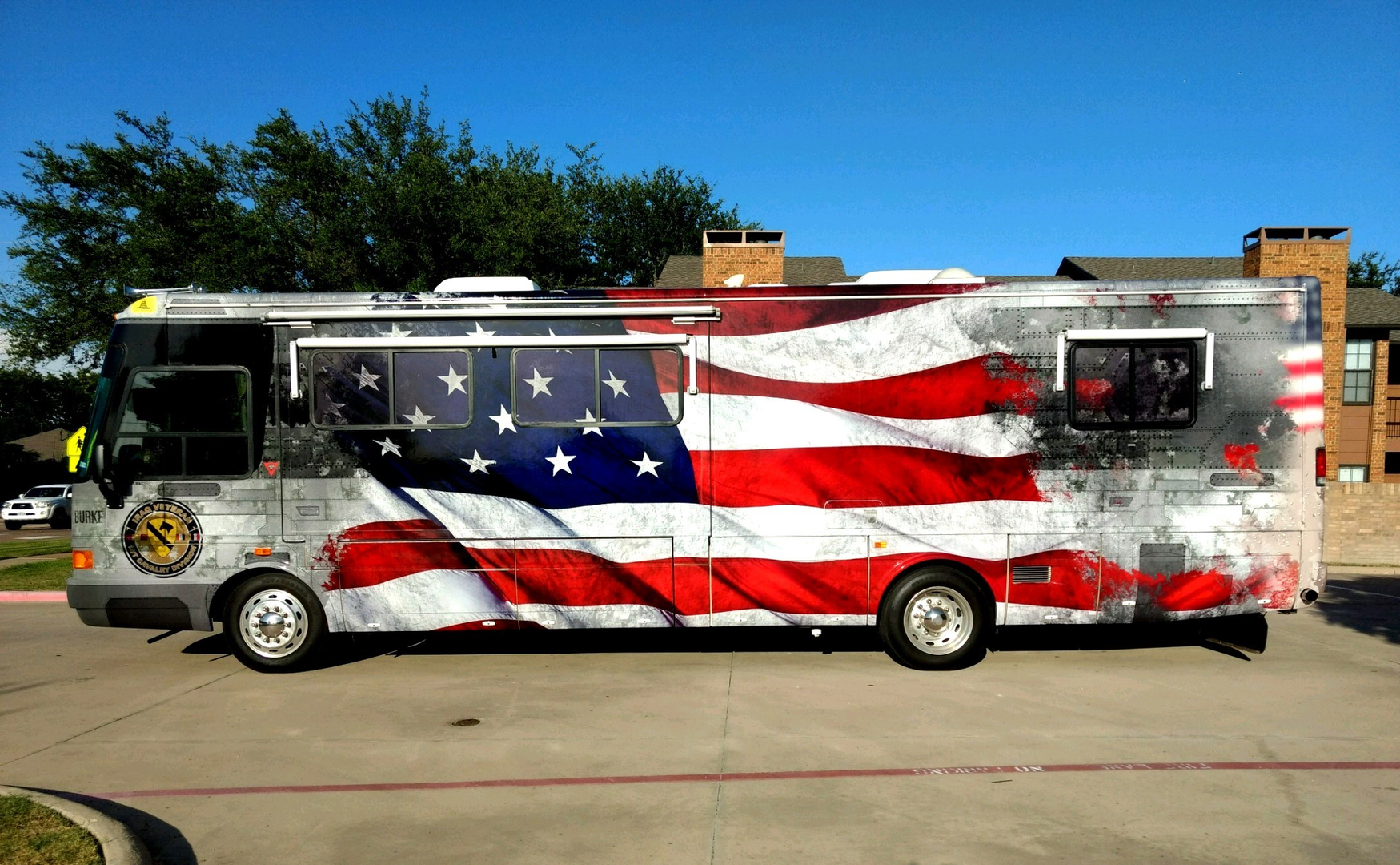 Buses rvs chart bus wraps custom bus graphics custom bus decals fleet wraps