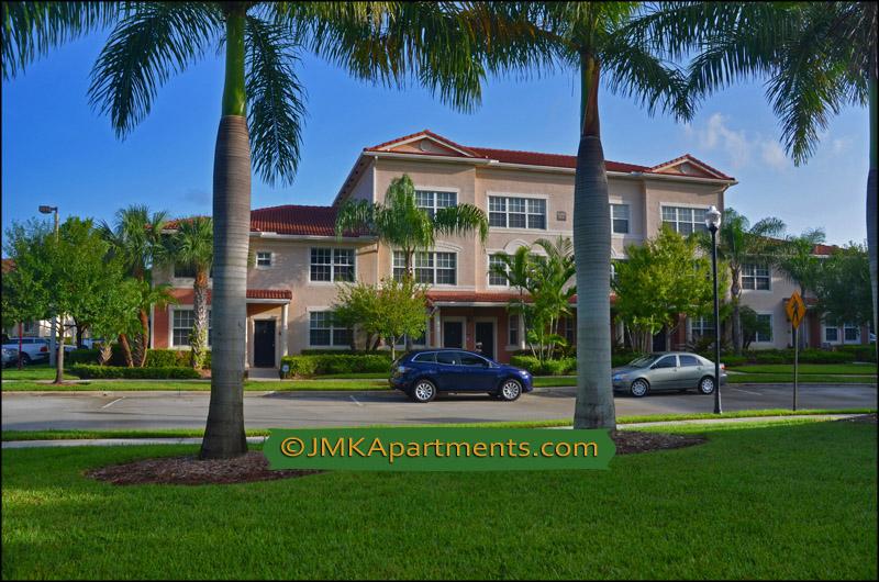 Palm Beach Gardens, Florida Luxury Apartments For Rent