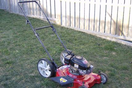Leading Lawn Mowers Removal in Lincoln NE | LNK Junk Removal