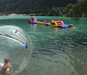 Course d'obstacle aquatique et Water Walker Les Iles de Sion