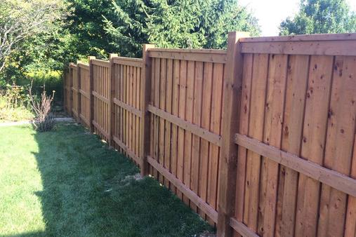 Excellent Wood Fence Contractor in Staplehurst NE | Lincoln Handyman Services