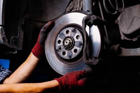 WE KNOW BRAKES! MOBILE BRAKE REPAIR SERVICES COST AND MAINTENANCE IN OMAHA