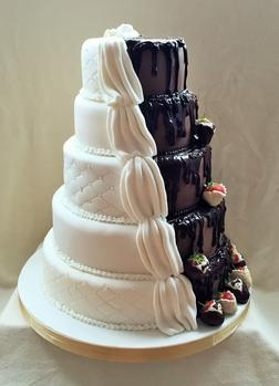 wedding cakes in oswestry