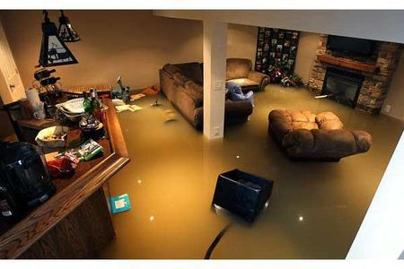 Lincoln Flood Damaged Property Removal & Disposal Company | LNK Junk Removal