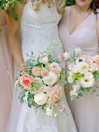 bouquet, wedding party, bridesmaids, bride, weddings, flowers, wedding florist, colorado wedding florist, colorado weddings, slow grown flowers, fine art florist, artist, floral design