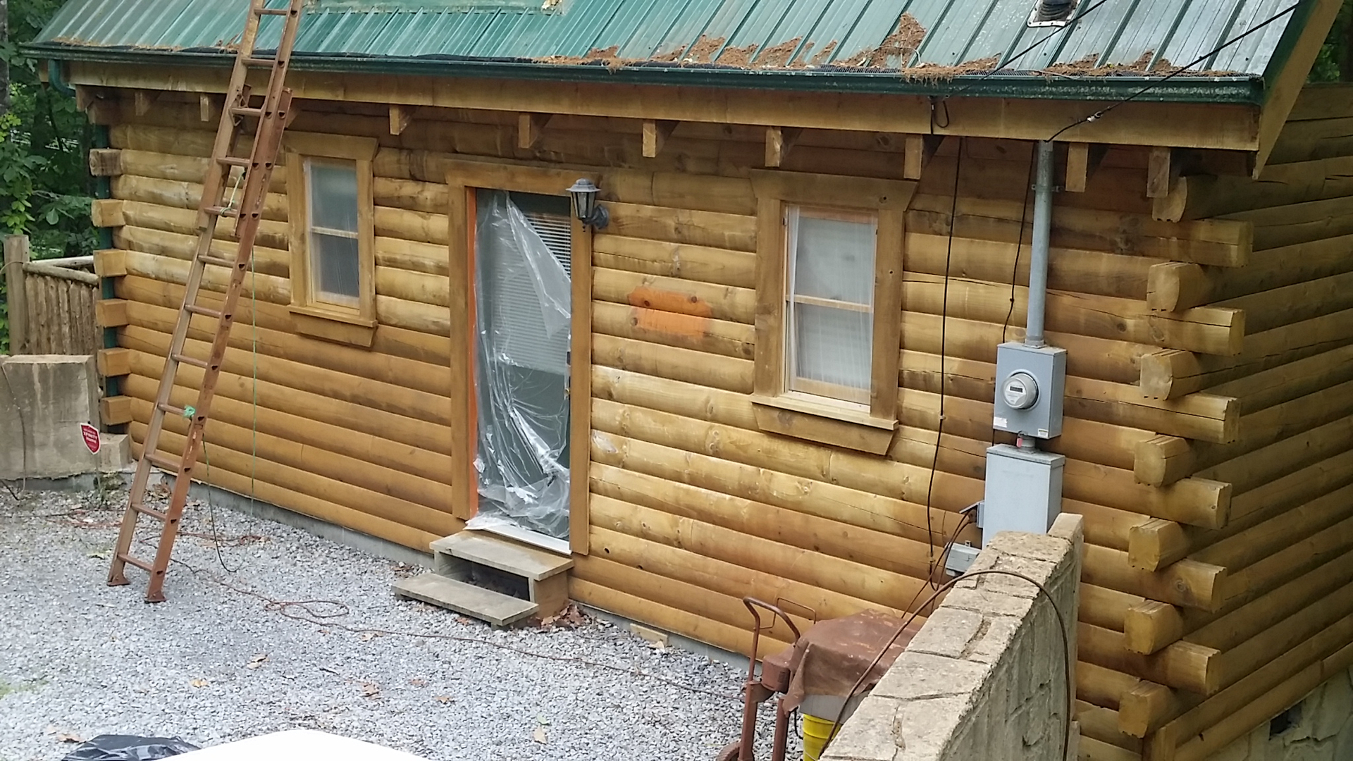 tennessee log cabins pet pool for sale private in tn homes s friendly cabin forge with pigeon rentals