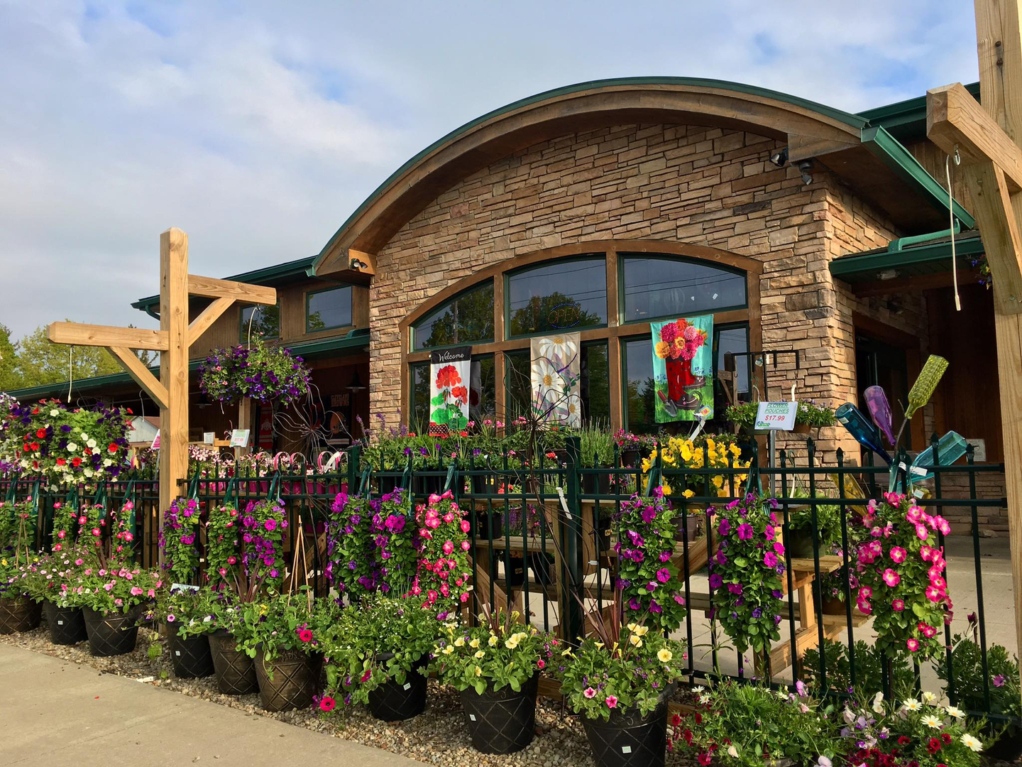 Quality Plants & Landscape Supply - Maria Gardens Center