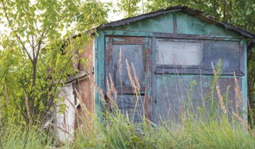 Outbuilding Removal in Lincoln NE | LNK Junk Removal