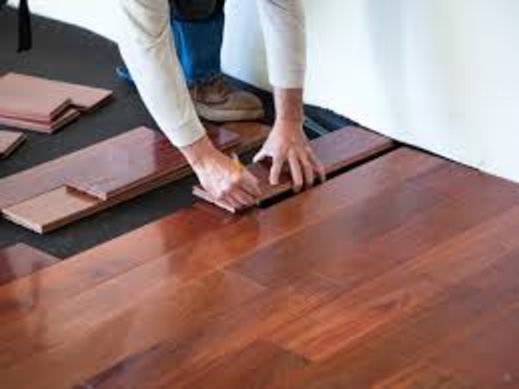 Top Hardwood Floor Installation Services | Lincoln Handyman Services