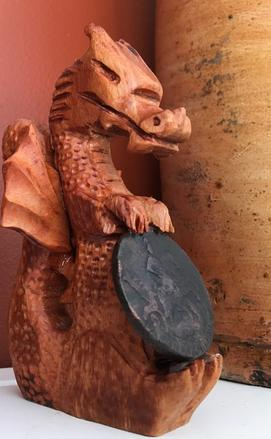 How to easily carve a wood dragon with a dremel tool. FREE step by step instructions. www.DIYeasycrafts.com