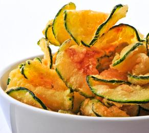 Zucchini crisps, zucchini, snacks, healthy snacks, nutrition, healthy lifestyle, FormMe recipes, FormMe ebooks, Nutrition,
