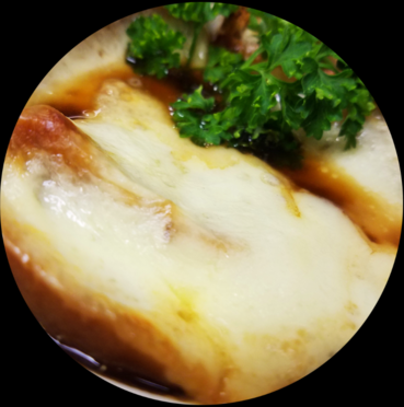 Homemade French Onion Soup w/ Swiss & Provolone