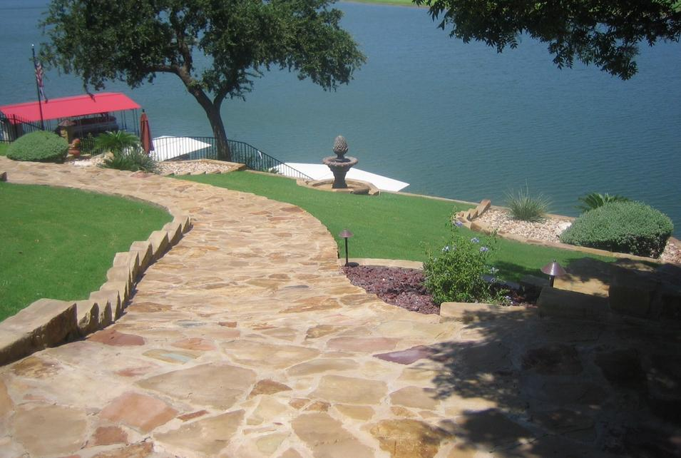 Laney landscaping stone in austin tx about for Landscaping rocks austin