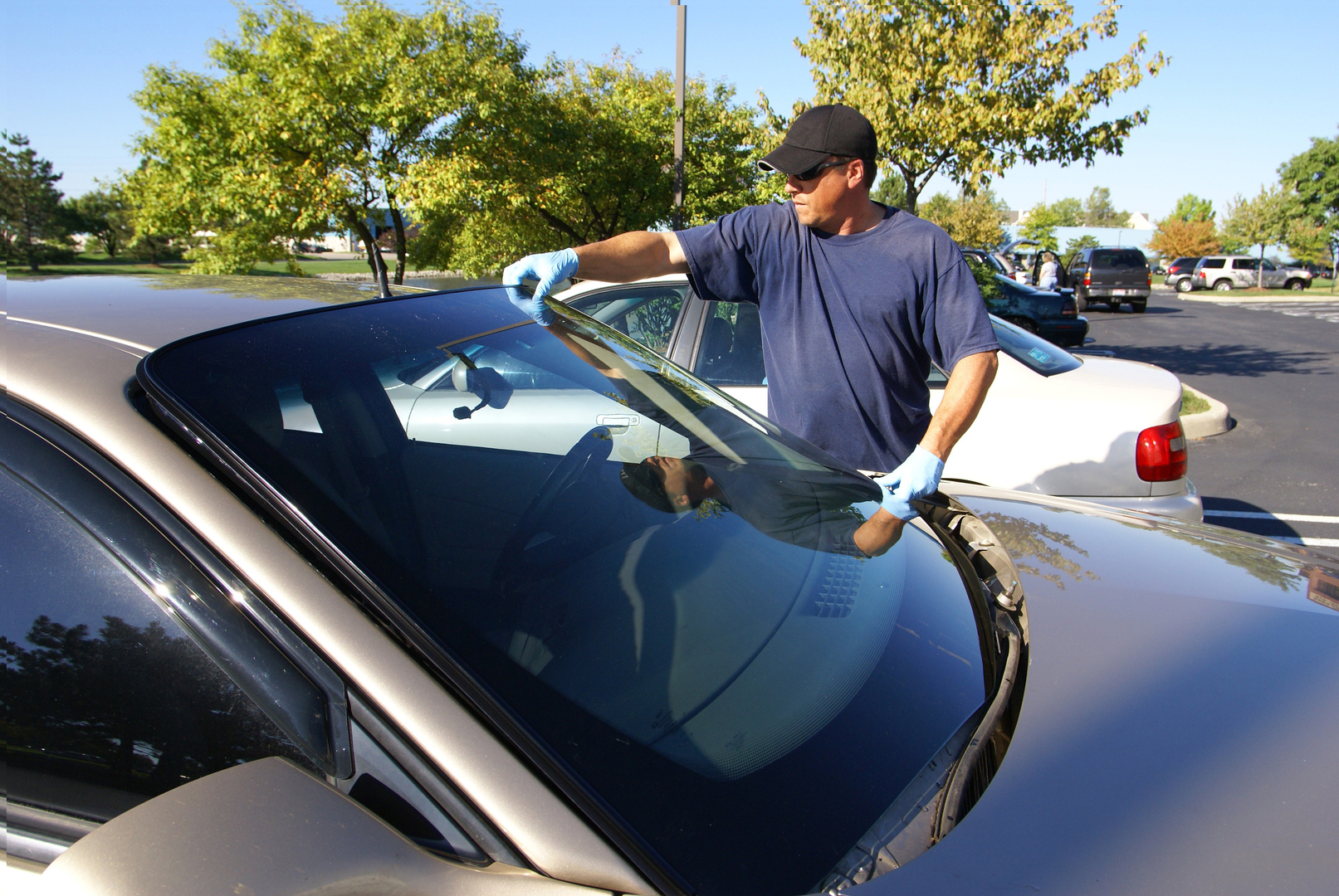 3 Signs You Need Auto Glass Replacement Autoglass Xpress