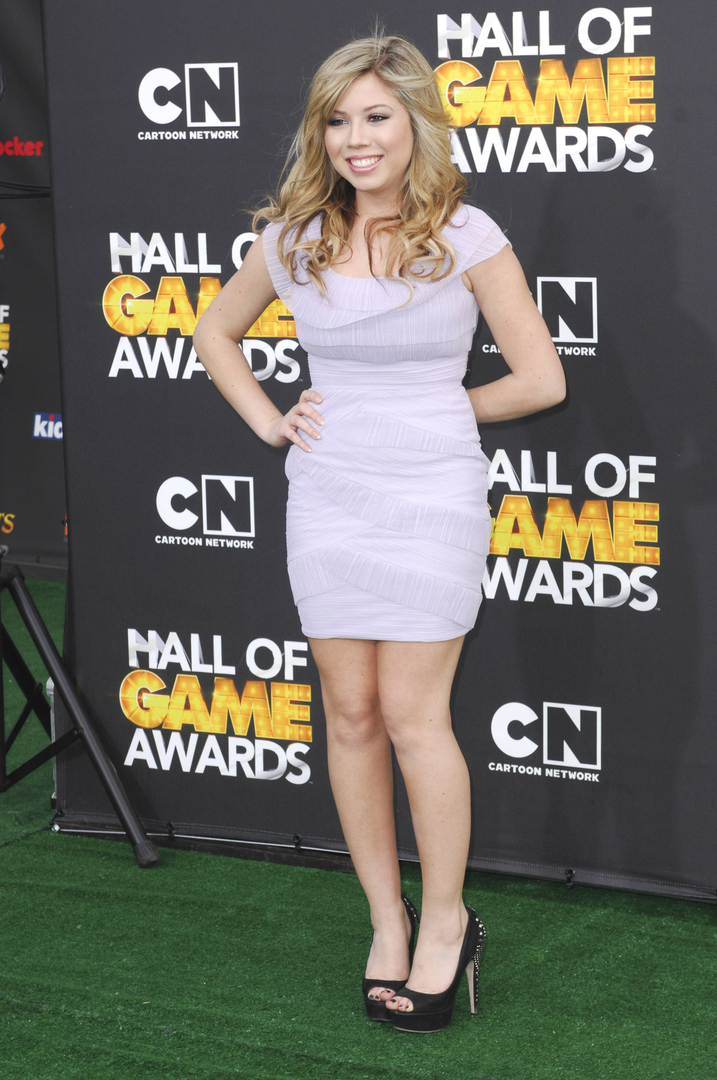 10 Jennifer Lopez