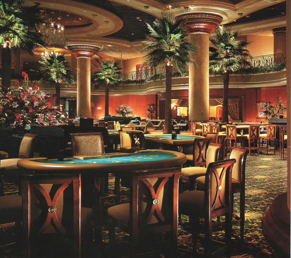 The Palms Apartments In Las Vegas: Hampton Inn TOWER?