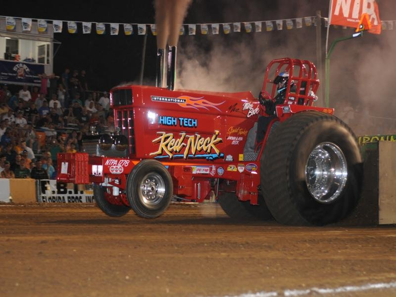 Lions Super Pull of The South - Tractor Pull