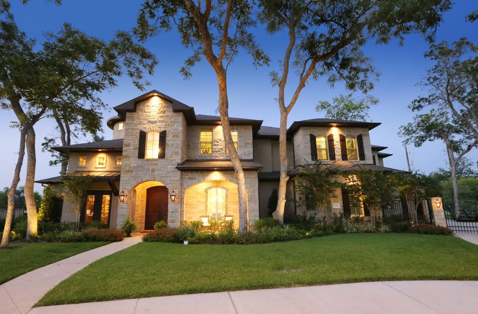 With over 20 years of combined experience in custom residential design garcia hernandez custom homes strives effortlessly to unite a lifetime of