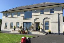 Bed and breakfast accommodation - Ulster Way/Antrim Hills Way/Glens of Antrim - Water's Edge Glnarm B&B