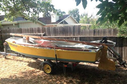 OLD JUNK BOAT REMOVAL BOAT DISPOSAL BOAT HAULING BOAT MOVERS HASTINGS :
