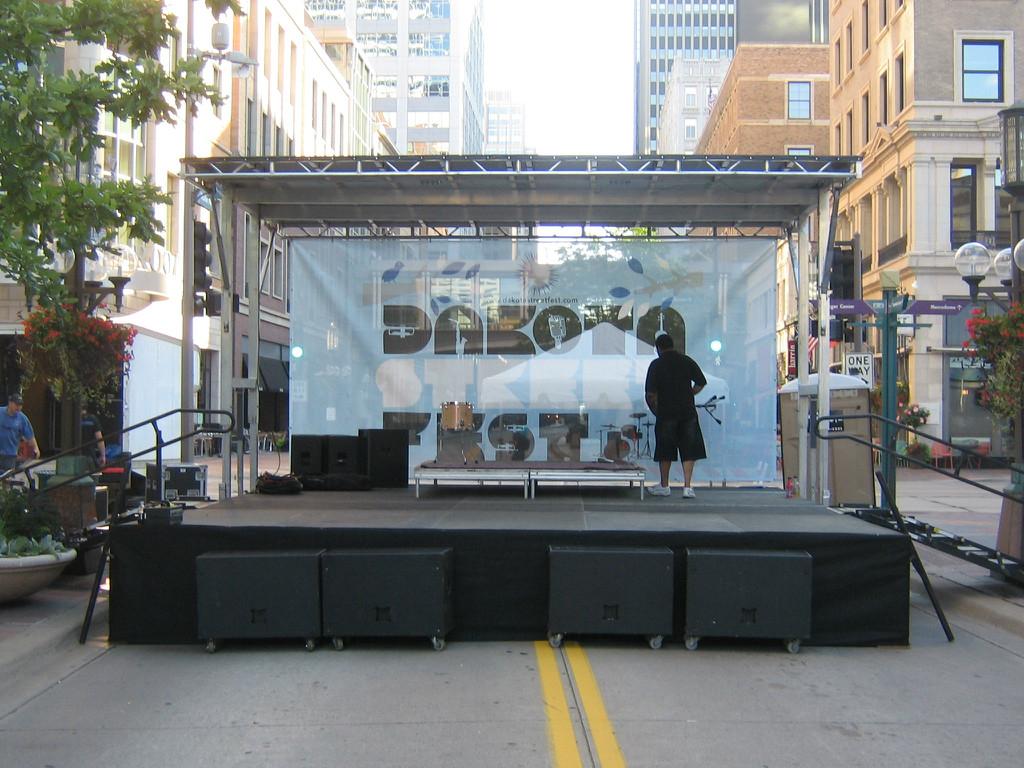Festival Mobile Stage Rentals - Mobile Staging, Mini Pex