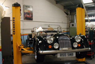 Morgan dealer, Morgan plus 8, morgan servicing, classic cars, sw france