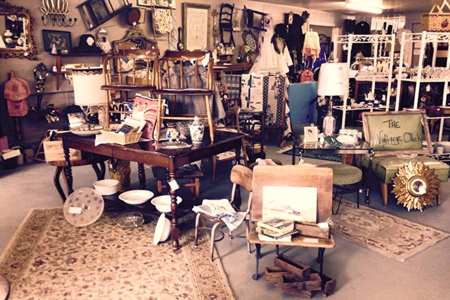 Elkhart Amish Mall Antiques Furniture Flea Market Log Furniture Used Furniture
