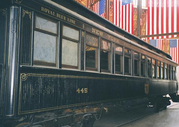 Royal Blue car No. 445 at the B&O Railroad Museum. By James G. Howes.