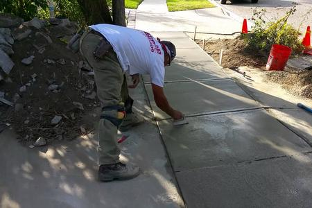 Best Pouring Concrete Sidewalk Service And Cost In North