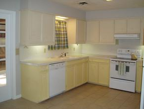 The kitchen of Blan's House, a furnished, short-term 3-bedroom corporate rental house in Victoria TX.