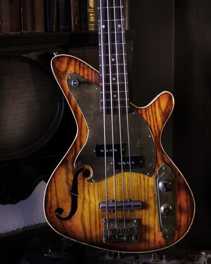 The Dixie Flyer bass and Dixie Flyer Jr Bass are made by Postal Giuitars