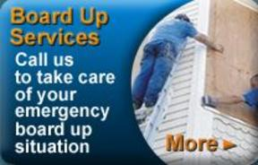 24/7 emergency board up services