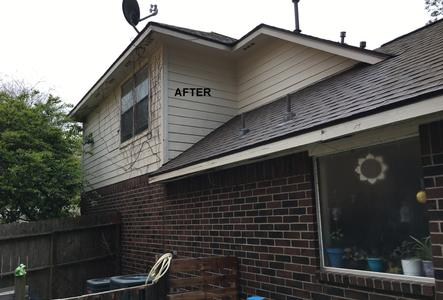 low pressure washing a home in Magnolia TX. After photo.