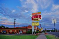 KANAB MOTEL | SUN -N- SAND MOTEL NEAR ZION UTAH | Affordable Rooms Near Zion National Park, Grand Canyon, Bryce, The Wave & Buckskin Gulch